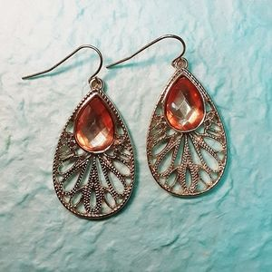 Jewelry - NWOT Gold Colored Lacy Boho Earrings
